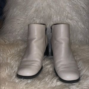 70's Cream Leather Boots